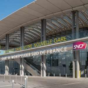 Livraison du véhicule à la gare Montpellier Sud de France